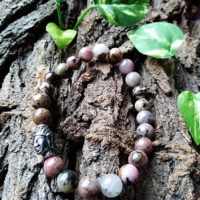 Bracelet Rhodonite perles 8mm Tête de Bouddha Amour