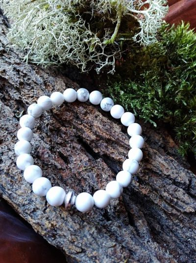 Bracelet  Enfants Howlite perles de 6 mm