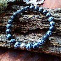 Bracelet  Obsidienne flocons de neige perles de 8 mm