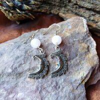 Boucles d'oreilles Lune et Quartz Rose