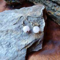 Boucles d'oreilles perles simple en Quartz rose