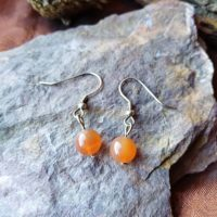 Boucles d'oreilles perles simple en Cornaline