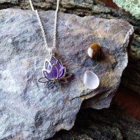 Coffret collier Fleur de lotus avec pierres interchangeables