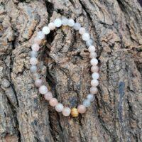 Bracelet Pierre de Lune Orangée Perles 6mm Féminin sacré