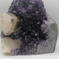 Druse d'Améthyste avec Calcite Jaune – 9 kg