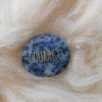 Galet Courage en Sodalite