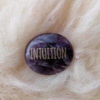 Galet Intuition en Améthyste
