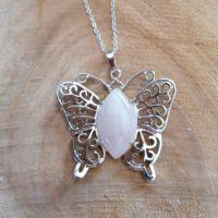 Pendentif Papillon en Quartz Rose
