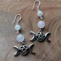 Boucles d'oreilles Triple Lune – Quartz Rose & Pierre de lune arc-en-ciel